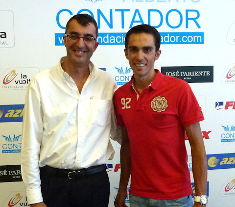 Contador and Guillén at press conference to introduce charity bike drive