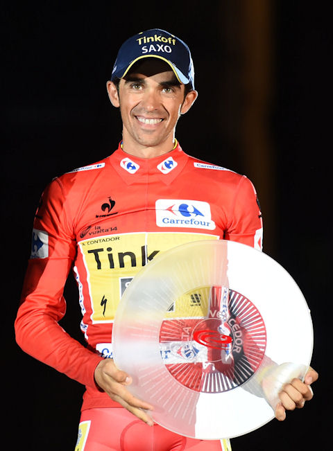 Contador accepts well-deserved honors in Santiago de Compostela