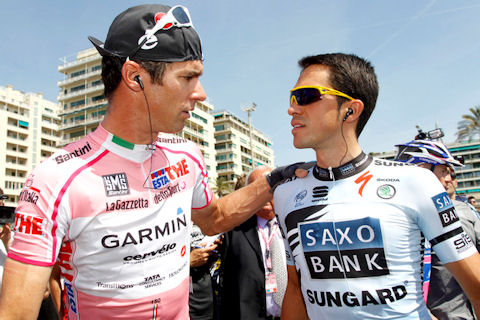 David Millar and Alberto Contador before Stage 4 processional in honor of Wouter Weylandt