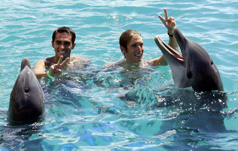Alberto and Andy and Flipper and Flipperina